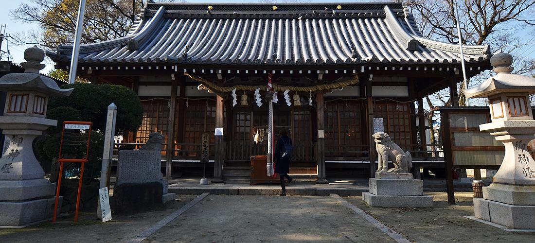 許麻神社 本堂